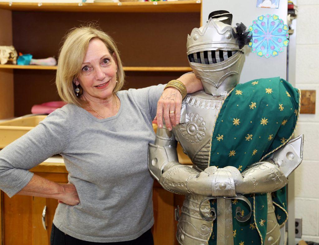Retiree Karen Haddaway%2c Art Teacher%2c Kemps Landing-Old Donation School